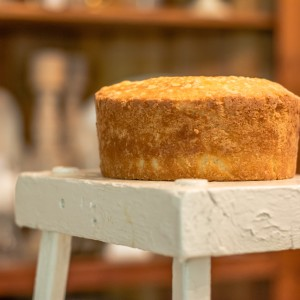 cake-on-stool-new-size