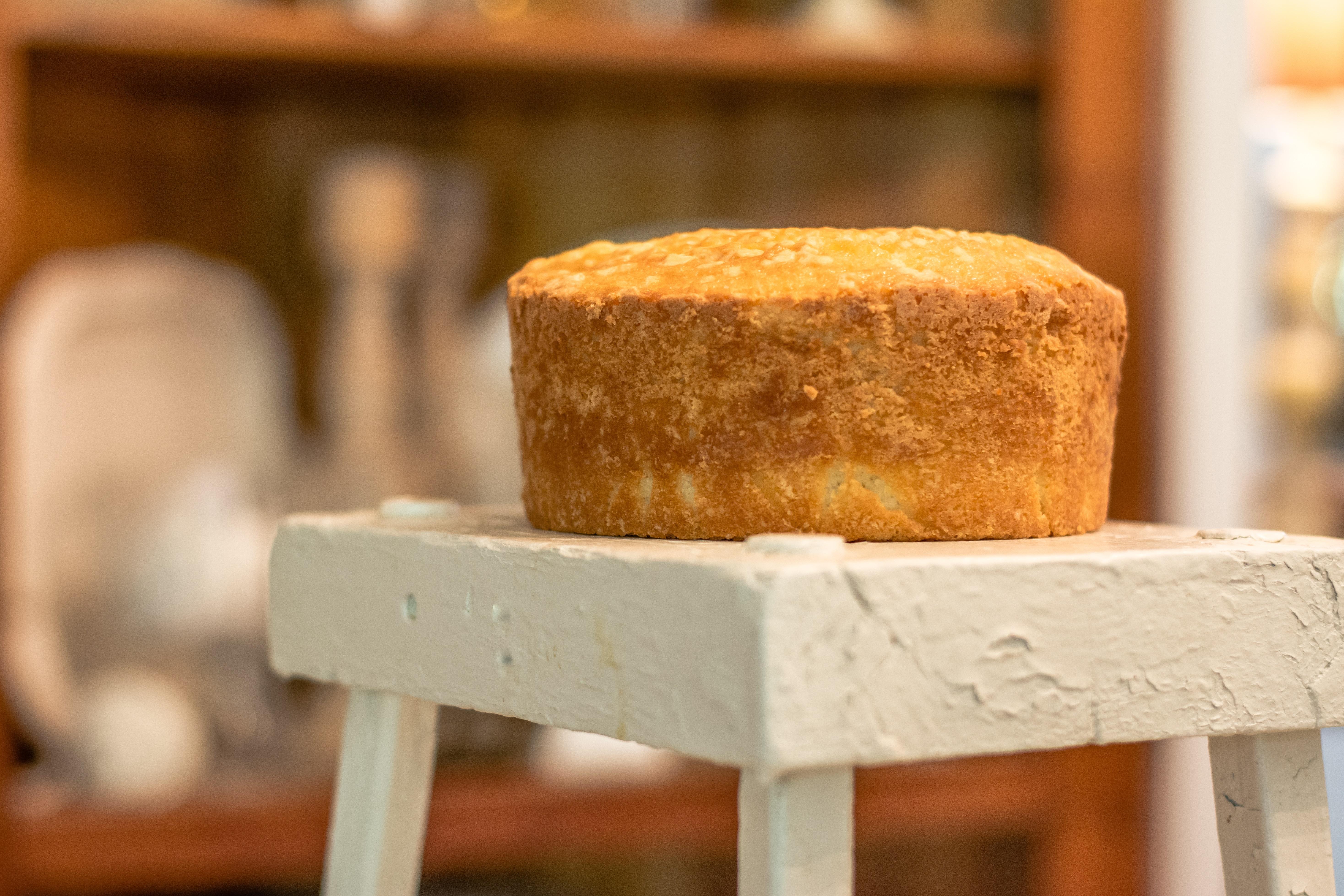 cake-on-stool-new-size